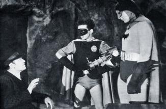 Batman-1943-3
